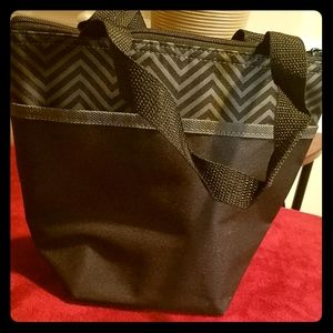 **NEW ITEM** Pampered Chef Lunch Box